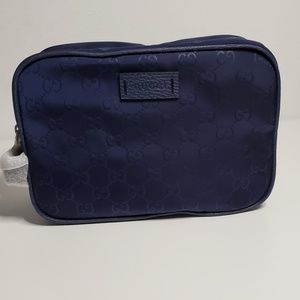 Gucci Cosmetics / Traveling Pouch